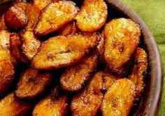 Platanos Maduros -- one of my favorite foods in the world. I prefer using ripe plantains because they are much sweeter (and since they're softer, they cook much more quickly). Fried green (unripe) plantains (aka Patacones de Costa Rica) actually taste quite different, have a different texture, and require a different cooking method.