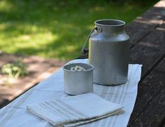 Vintage aluminium cup Tin camping cup Pencil by TallinnVintage
