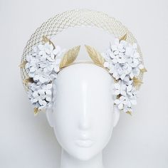 reminds me of my great grandmother's wedding veil and headpiece. Golden days - White Hydrangea halo with gold and white crinoline detailing Halo Headband, Fascinator Headband, Wedding Headband, Wedding Hats, Bridal Hair, Fascinators, Headpieces, Wedding Veil, Turbans