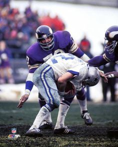 Jim-Marshall-PURPLE-MONSTER-Minnesota-Vikings-c-1973-Premium-POSTER-Print