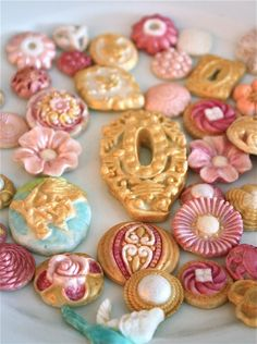 candy buttonspink and goldedible by marionsvintagebakery on Etsy, $48.00