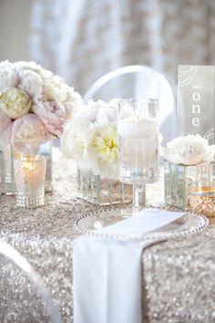 #Sequeen #Weddingtable #Tablecloth