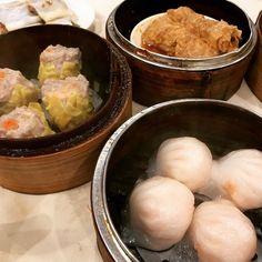 #dimsum #food #foodporn #restaurant #yummy #torontolife #toronto #Montrealblogger #ontario #canada #chinese #shrimp #pork #dumplings #beancurdskin December 26 2017 at 02:20PM