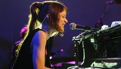 As many have been hoping, Fiona Apple has announced new tour dates