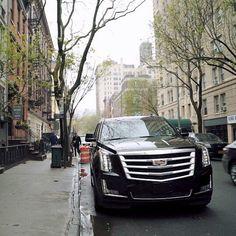 """293 Me gusta, 1 comentarios - Cadillac Fans (@caddy_fans_) en Instagram: """"No podrás resistir la elegancia de Cadillac Escalade ¡conócela !. ... #Cadillac #escalade…"""""""