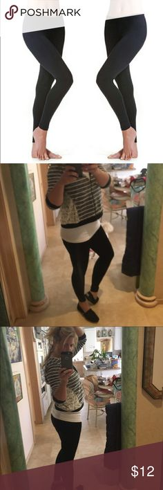 Black Tights/leggings -OS Most comfortable leggings I've ever had. And I'm obsessed with black leggings so I have 20 pair- different materials and styles but these are by far the most comfortable. Can be worn as tights with a dress or as leggings with a cute tunic or sweatshirt! 🎉💕 I could live in these! 💕95% polyester 10% spandex sofra Pants Leggings