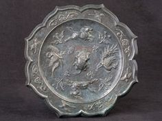 *LARGE CHINESE BARBED RIM BRONZE MIRROR. Tang Dynasty (618-906 A.D.) Chinese Design, Chinese Art, Mirror Tattoos, Ancient Artefacts, Chinese Patterns, Bronze Mirror, Magic Mirror, Ancient China, Chinese Antiques