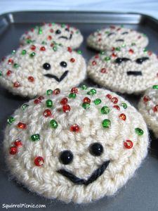 Santa can watch his waistline with these treats. Try this simple Sprinkle Cookie Crochet Pattern to make a batch of sugar-free, yet totally sweet treats!