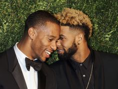 Hay no whispering! Football players Victor Cruz, left, and Odell Beckham Jr. have a word at the CFDA/Vogue Fashion Fund, Monday.  Jim Spellman, WireImage
