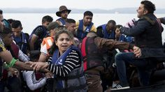 The White House is quietly pushing for an increase in refugees from Syria, despite new concerns raised by state and county officials that federal help is o