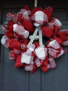 University+of+Alabama+Burlap+Wreath+by+SouthernThrills+on+Etsy,+$45.00