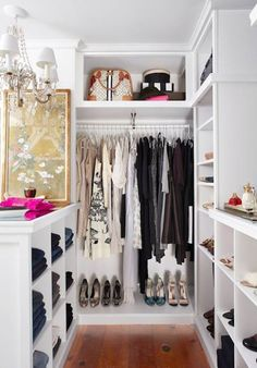 High shelves for handbags