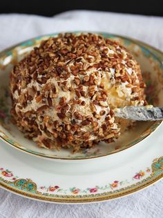 Pineapple Pecan Cheese Ball: Cream cheese mixed with crushed pineapple, peppers, scallions, and pecans – the perfect sweet-salty addition to any party or gathering! :: deliciousness via @stephiecooks