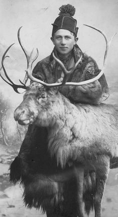 Young Sami man from northern Norway. Old Pictures, Old Photos, Vintage Photographs, Vintage Photos, Lappland, Kola Peninsula, Photo Libre, Scandinavian Countries, People Of The World