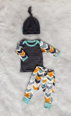 Newborn Coming Home Outfit Mod Chevron Shirt by brambleandbough