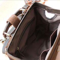 0f90bda6461 22 beste afbeeldingen van Dokterstassen in 2019 - Leather purses ...