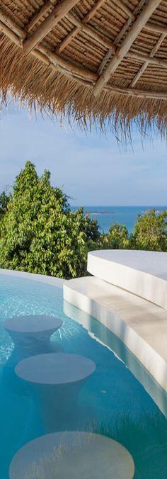 swim up bar at the pool at Villa Kra in Koh Samui  | LOLO: