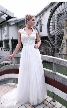 White Princess Floor-length Halter Dress