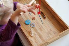 Natürlich sind Montessori-Materialien ästhetisch und qualitativ, aber auch sehr teuer. Doch heißt das nicht, dass Kinder auf die Übungen...