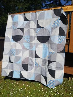 by The Vinyl Teacup #modernquilting #quilts #sewing #studio #textileartist #modernquilts
