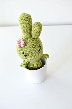 Hæklet pige-kaktus - KreaLoui
