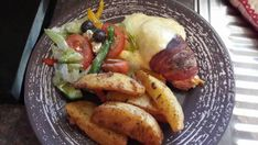 Recipes, Kitchen, Home and Garden Tips. Kos, Chicken Cordon Bleu, Gardening Tips, Veggies, Home And Garden, Potatoes, Meat, Cooking, Kitchen