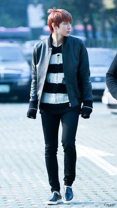 Jung Taek Woon Leo of VIXX fashion.