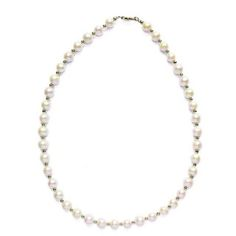 A timeless, elegant string of freshwater pearls. Necklace length is approximately 17.3 inches.   Handmade by a rescued lady in Asia PLEASE NOTE THAT ALL SALE ITEMS ARE SENT IN A POUCH (GIFT BOXES ARE UNAVAILABLE).