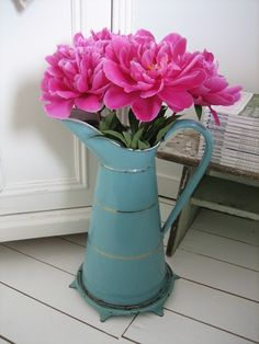 Peonie`s in a nice can
