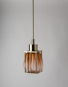 Une certaine idee du luxe avec cette suspension Lanternes imaginée par Mydriaz en collaboration avec Jeremy Wintrebert