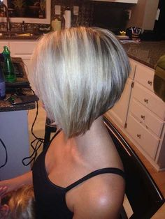 Bob haircuts are perfect for those who have fine hair, just add layers will make the hair appear thicker look. There are many different types of bob haircuts for fine hair. They combine bob haircut… Angled Bob Haircuts, Stacked Bob Hairstyles, Bob Hairstyles For Fine Hair, Short Hairstyles For Women, Hairstyles Haircuts, Medium Hairstyles, Model Hairstyles, Short Stacked Haircuts, Bob Haircut For Fine Hair