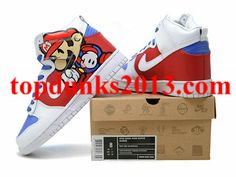 differently 7efba f4b2b Legend of Zelda Nike Dunks- yusssssss Nerd love. Pinterest Nike dunks,  Gardens and ... nike dunks by becauseimjay ...