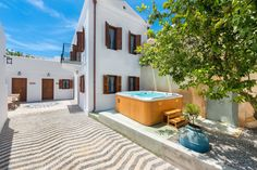 Garden and Jacuzzi of Luxury Villa Eftihia in Lindos