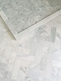herringbone and hexagon marble tile floor but darker grout Marble Bathroom Floor, Bathroom Flooring, Bathroom Basin, Marble Tiles, Tiling, Herringbone Marble Floor, Epoxy Floor Basement, Upstairs Bathrooms, White Bathrooms