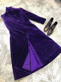 Пуховое пальто бархатное – купить или заказать в интернет-магазине на Ярмарке Мастеров | Новинка! Пальто на утеплителе альполюкс из…
