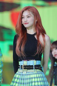 Kpop Girl Groups, Kpop Girls, Chica Cool, Kim Doyeon, Wordpress, Stage Outfits, Ulzzang Girl, K Idols, Beautiful Moments