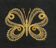 Bildergebnis für podvinky Crochet Butterfly, Crochet Lace, Lace Heart, Lace Jewelry, Lace Making, Bobbin Lace, Simple Art, String Art, Lace Detail