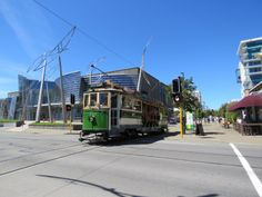 Tram 152 passes the Christchurch City Gallery New Zealand Cities, City Gallery, South Island, Mountain Range, Hiking Trails, Alps, Skiing, National Parks, Track