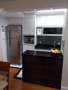 Cozinha - Apartamento Danilo e Daiane  Projeto: Sergio R. Pereira Designer de Interiores Fone: (11) 95475-7897