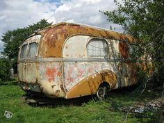 caravane assomption pinder caravanes foraines anciennes. Black Bedroom Furniture Sets. Home Design Ideas