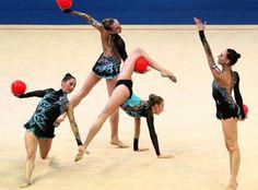 Europei di ginnastica ritmica - La squadra italiana (Epa)