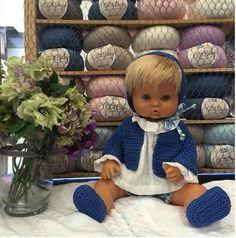 Vistiendo muñecos /bordarvigo.com