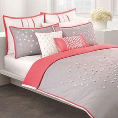 Genç Kızlara Örnek 2017 Yatak Örtüsü Tavsiyeleri. Çok şık ve zarif renklere sahip, ne eksik ne fazla bir dizayna sahip güzel bir yatak örtüsü modeli.
