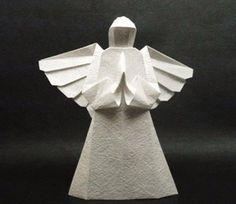 Origami Engel - Faltanleitung. Auf folgende Seite finden Sie die Anleitung für solche wunderschönen Origami Engel. Es macht man ganz einfach.