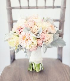 25-stunning-pastel-wedding-bouquets