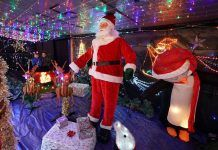 Grandad spends three weeks turning his home into Christmas grotto - Grandma's Things Pork Steak Recipe Crock Pot, How To Make Snow, Poses For Pictures, London Bridge, Over The Moon, Father Christmas, Turning, Ronald Mcdonald, Cleaning