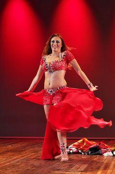 Dalila belly dance dalila hot belly dancing show videos porno gratis