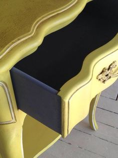 English Yellow Chalk Paint™ decorative paint by Annie Sloan | Project by Diamonds & Toads in London Ontario