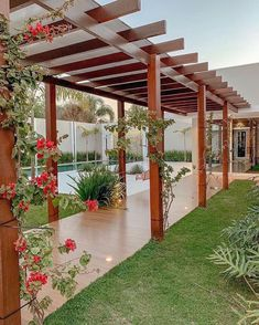 The outdoor pergolas are quite popular these days. Everyone wants to create a place where they could relax and recharge themselves and outdoor pergolas are perfect place to do it. Backyard Patio Designs, Backyard Landscaping, Terrace Design, Garden Design, Home Room Design, House Design, Outdoor Pergola, Outdoor Gardens, Landscape Design