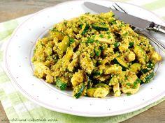 Quinoa mit Hähnchenbust und Zucchini